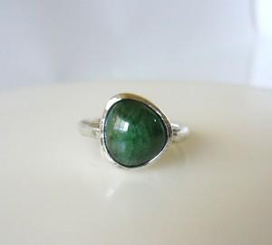天然グリーンガーネットの指輪