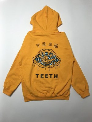 TEAM TEETH pullover gold