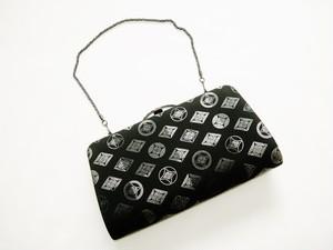 正絹製 黒色 七宝 クラッチバッグ