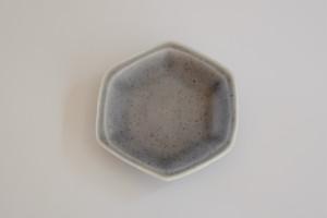 [豆皿] 六角 ブルーレイン