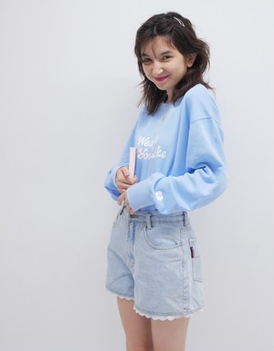 Light Blue KissMeLove sweat