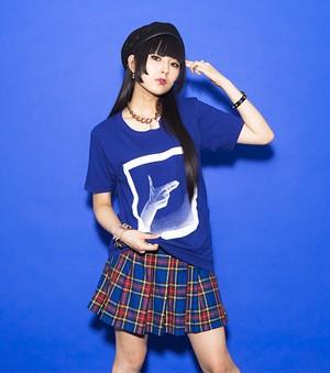 "【DAOKO 2016 青色主義】""ズキュン♡"" Tee"