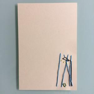 刺繍ポストカード(街頭に雨降りとカエルくん)