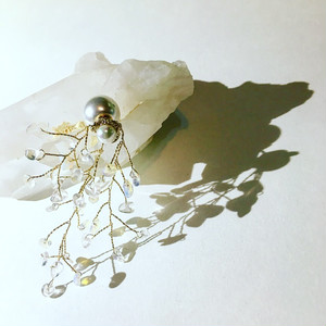 Flower pierce /semi long