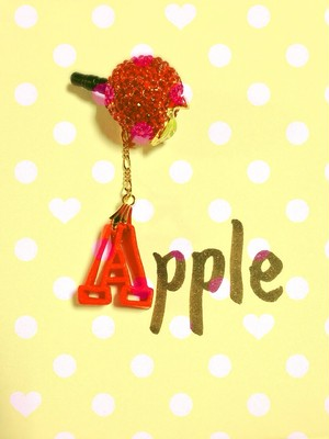【イヤフォンジャック】Apple