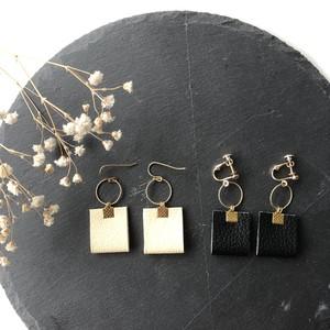 leather tassel pierce / earring