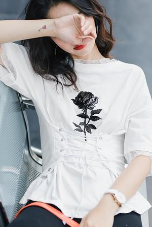 【即日発送】花柄logoTシャツ