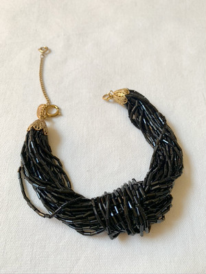 ブレスレット Miriam Haskell black beads