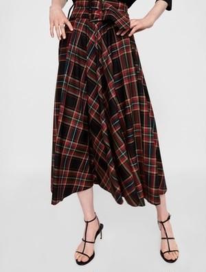 太目のベルトがキュートなルーズタータンチェックロングスカート♡