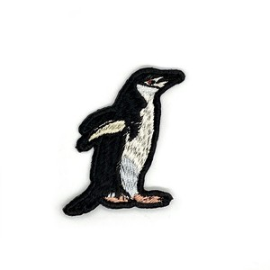 ヒゲペンギンの刺繍ワッペン