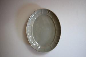 土井善男|薄墨楕円輪花板皿