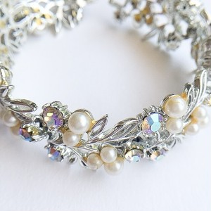 """ART"" pearl & aurora rhinestone bracelet[h-84]"