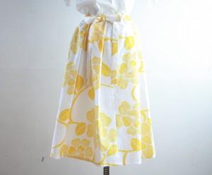 浴衣地 黄色花模様 リボンベルトのゴムスカート Fサイズ