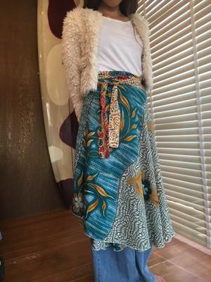 Flower pattern reversible lap skirt