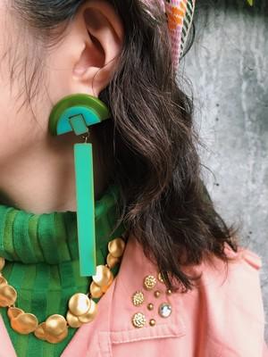 Desiner's bakelite earrings ( ヴィンテージ  デザイナーズ ベークライト イヤリング )