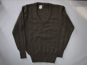 Vネックセーター Unknown V-NECK Sweater