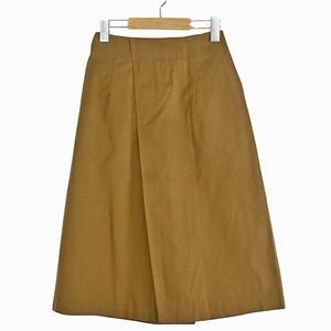 フロントアシメタック台形スカート