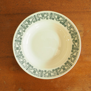 KG Lunevilleの幾何学模様のスープ皿