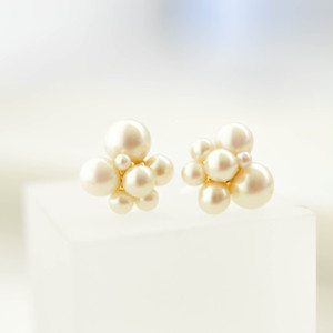 pearl bubble pierces