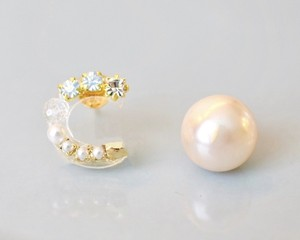 【C】Initial bijou pierce/earring