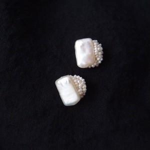 【真珠の刺繍ピアス】rectangle × seed pearl