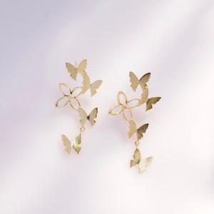 自由な蝶(蝶,花)ピアス/片耳