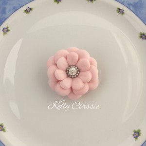 Mary ~ブローチ風コサージュ~ ピンク