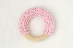 【コットンリング】ピンク | おしゃれな歯固めジュエリー linolino - 町田で ワークショップも開催中