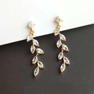 「order」zircon leaf pierce p156