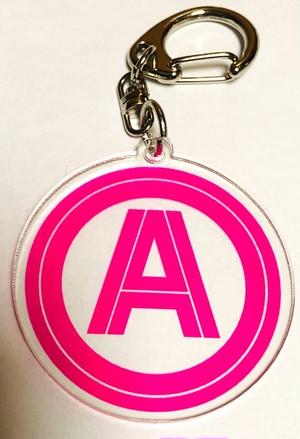 ロゴ入りアクキー(ピンク)