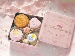 【出産祝い・内祝いクッキー缶】アイシングクッキー・焼き菓子詰め合わせ