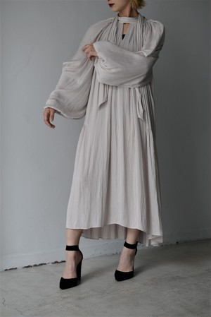 STAIR / DRAPE VOLUME DRESS