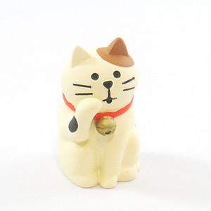 毛づくろい猫 ミケ(C-2-031K)