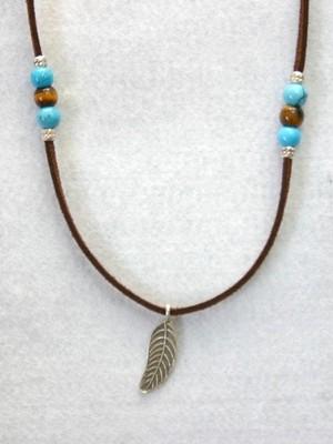 カレンシルバー(葉)のネックレス