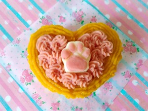 お名前入りプレート付き★犬用ケーキ肉球