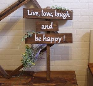 おしゃれな英語フレーズ看板 Live,love,laugh and be happy【wood-item-6】