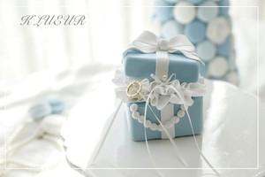 ティファニーブルーのBOX型リングピロー