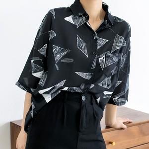 【トップス】ファッション折り襟五分袖プリントシングルブレストシャツ41489754