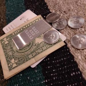 【2/末ごろ再入荷予定】DAR MONEY CLIP