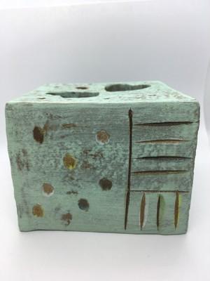 イオレイズカバー 角型 (ハンドメイド陶器) AJ009