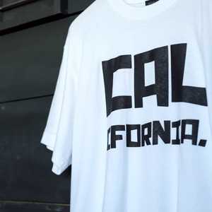 【modem design】CALIFORNIA. Tee