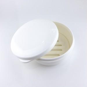 携帯用ソープケース 丸型 (wanchan soap がピッタリ入ります)