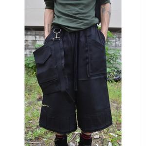 'CODE' half pants