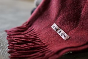 Acne Studios / Canada Nr New Stole(Red melange)