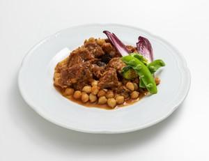 冷凍お惣菜「マグロの尾の身とひよこ豆のトマト煮込み」