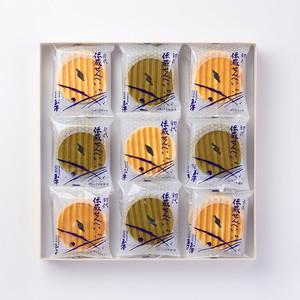初代伝蔵せんべい(箱詰 18枚入[クリーム10枚/抹茶クリーム8枚])