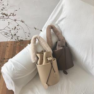 5color : 2way Fur Handle  Bucket Bag 93093 エコファー バッグ 巾着 バケツ