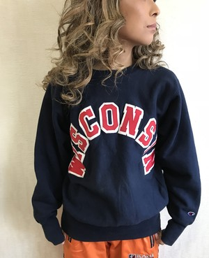 送料無料!90s champion sweat shirt