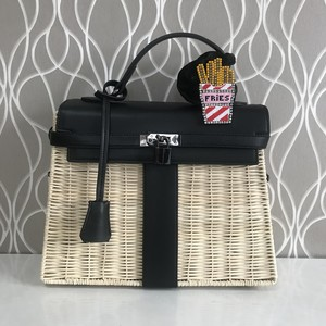 2019 kago kelly bag Black