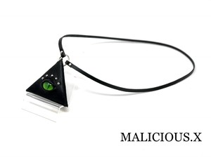 cat eye triangle coin case(mini) / green